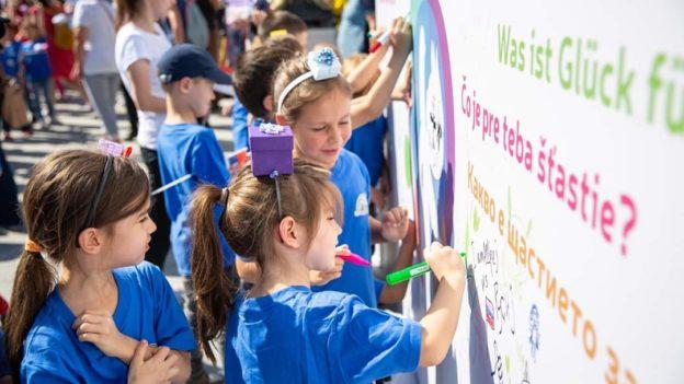 Karneval povodom 50.rodjendana Radosti Evrope i 100. rodjendana PU Decji dani