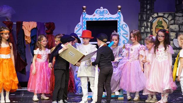 Zavrsna-predstava-predskolaca-u-Narodnom-pozoristu-(4)